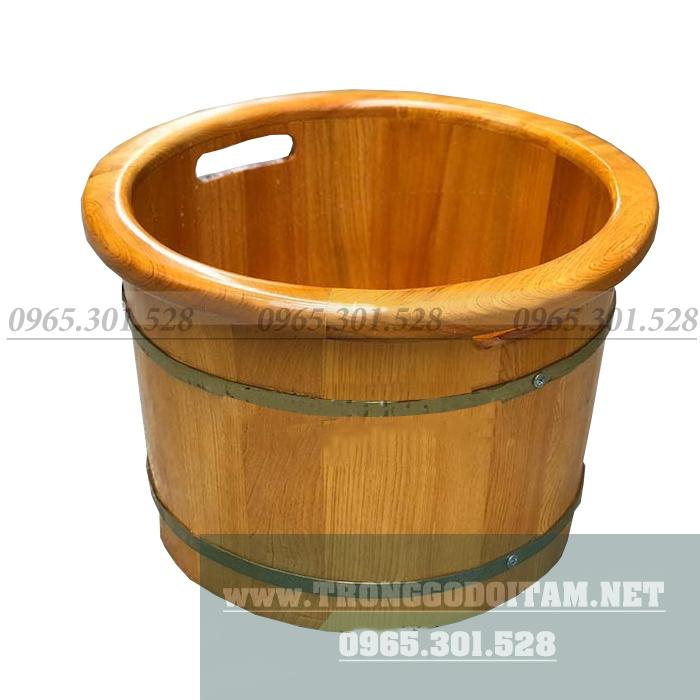 Chậu gỗ ngâm chân massage bo viền rất đẹp và sang trọng