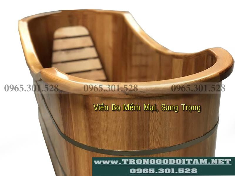 bồn tắm gỗ bo viền sang trọng