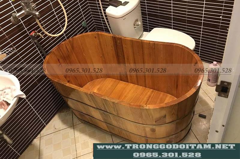 bồn tắm gỗ cho phòng tắm nhỏ