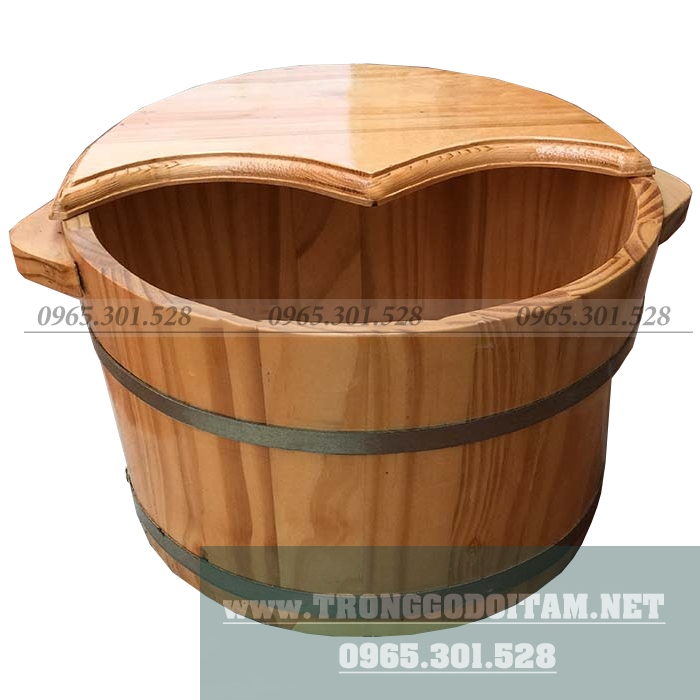 thùng gỗ ngâm chân có nắp giúp giữ nhiệt