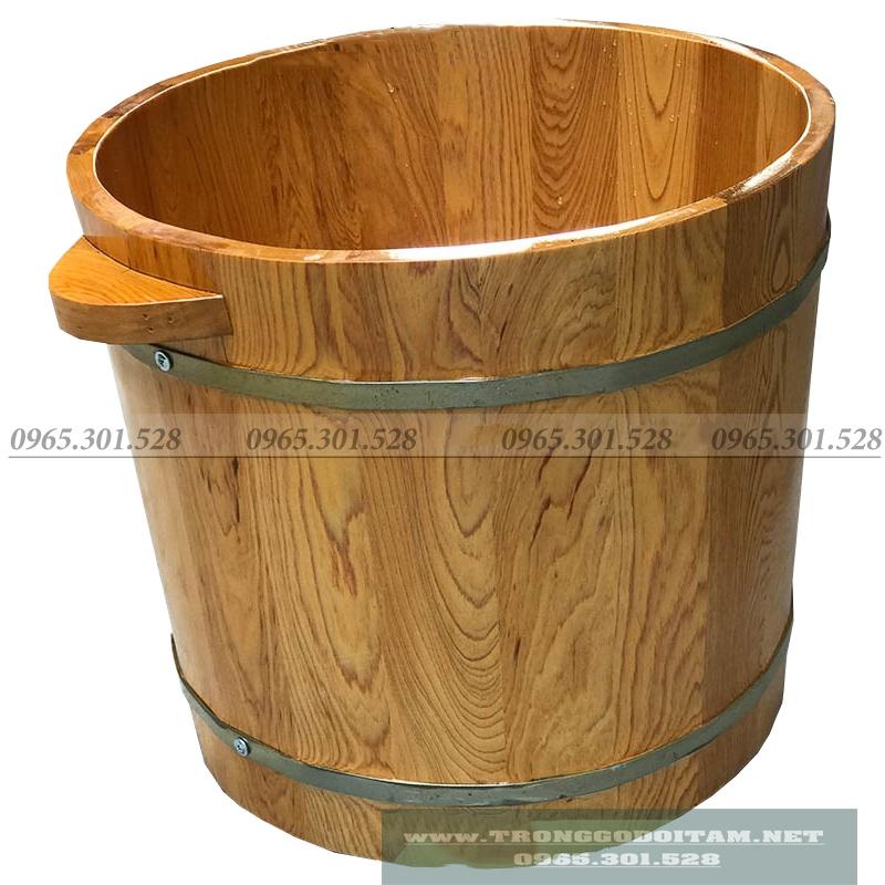 Chậu được làm 100% từ gỗ Pơ Mu rất thơm và đẹp