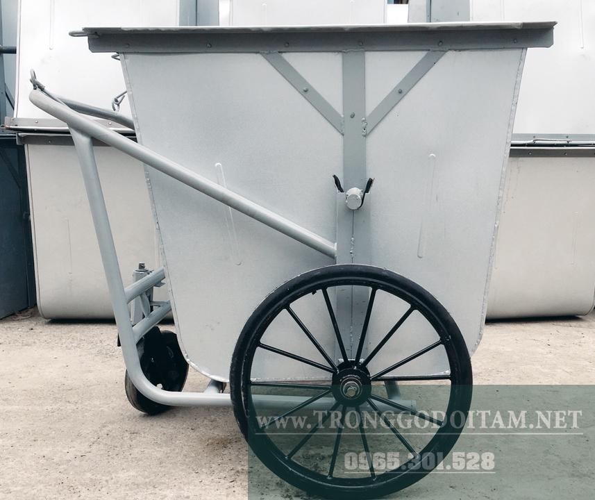 xe gom rác 500l thùng tôn