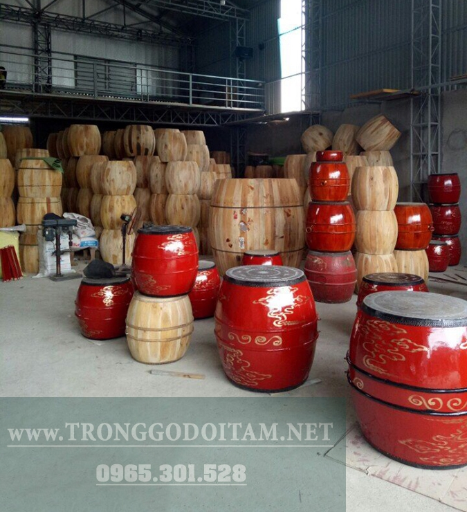 Cơ sở sản xuất trống trường học làng nghề Đọi Tam