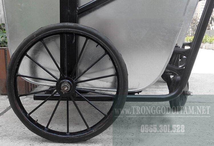 bánh xe thu gom rác đẩy tay