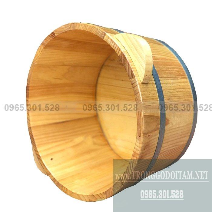 Dùng chậu ngâm chân bằng gỗ chữa trị các bệnh đau nhức xương khớp, chữa mất ngủ