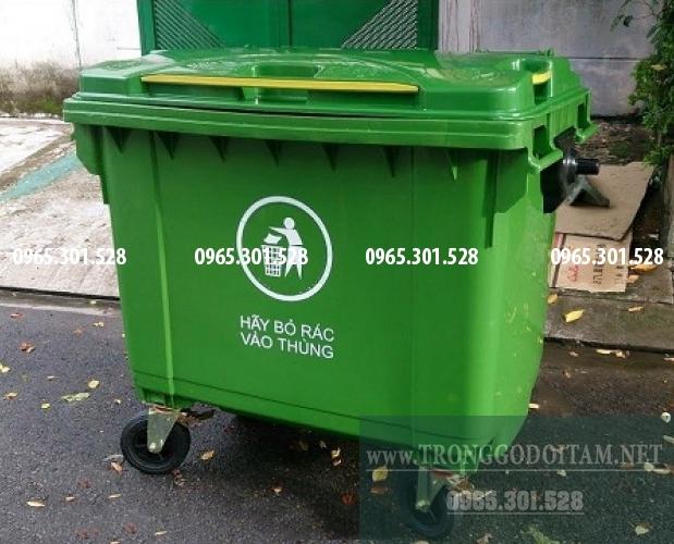 giá thùng rác nhựa 600 lít