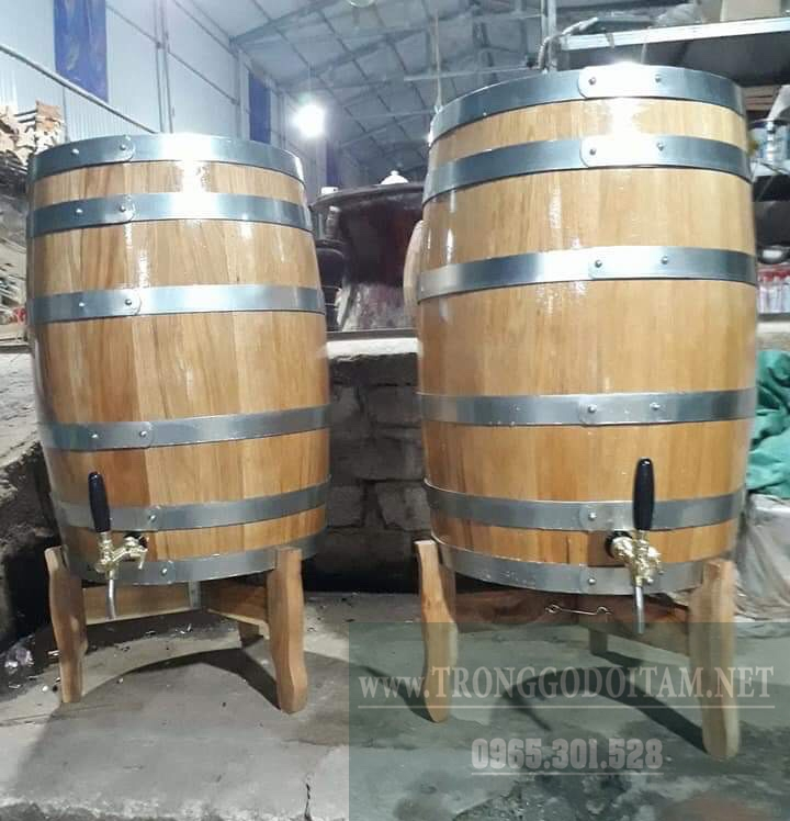 thùng gỗ sồi 200 lít và 300 lít dáng đứng