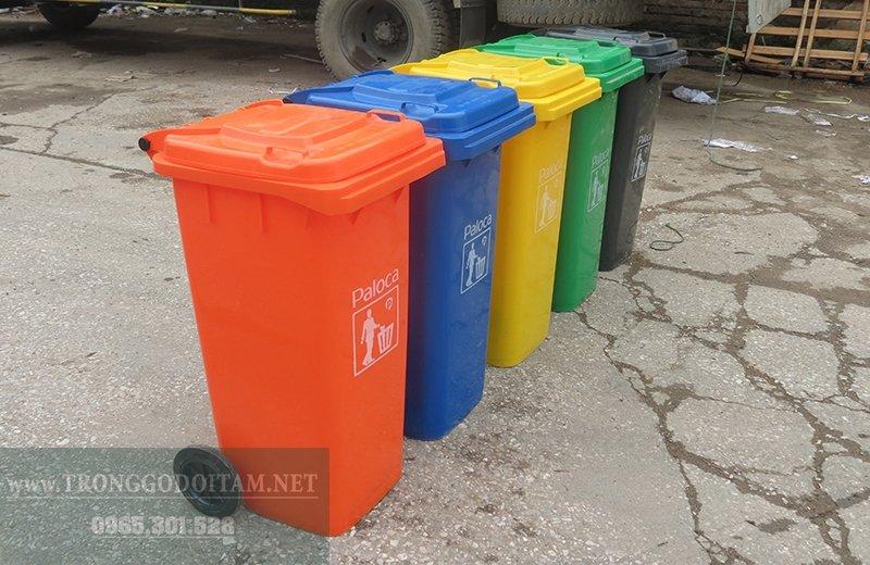 thùng rác nhựa 120l có nhiều màu sắc