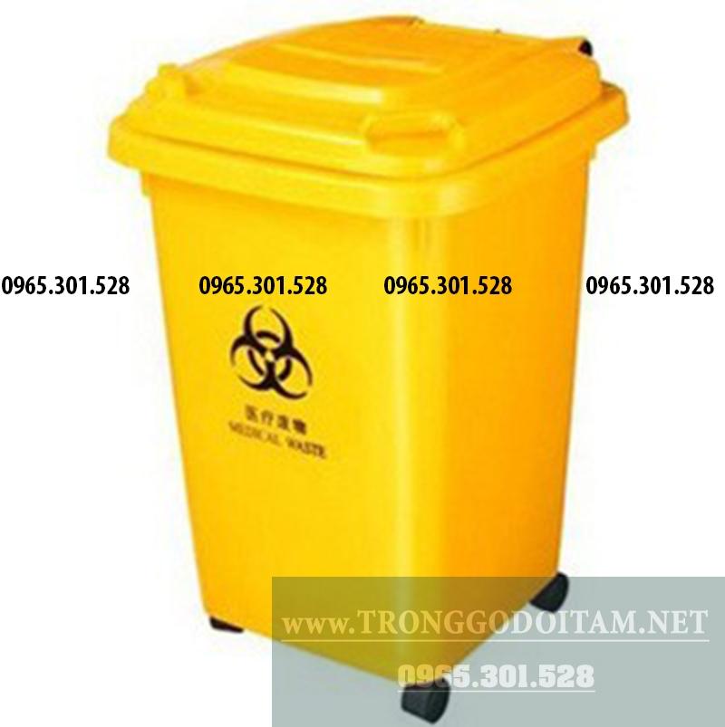 thùng rác nhựa 60 lít có 4 bánh xe