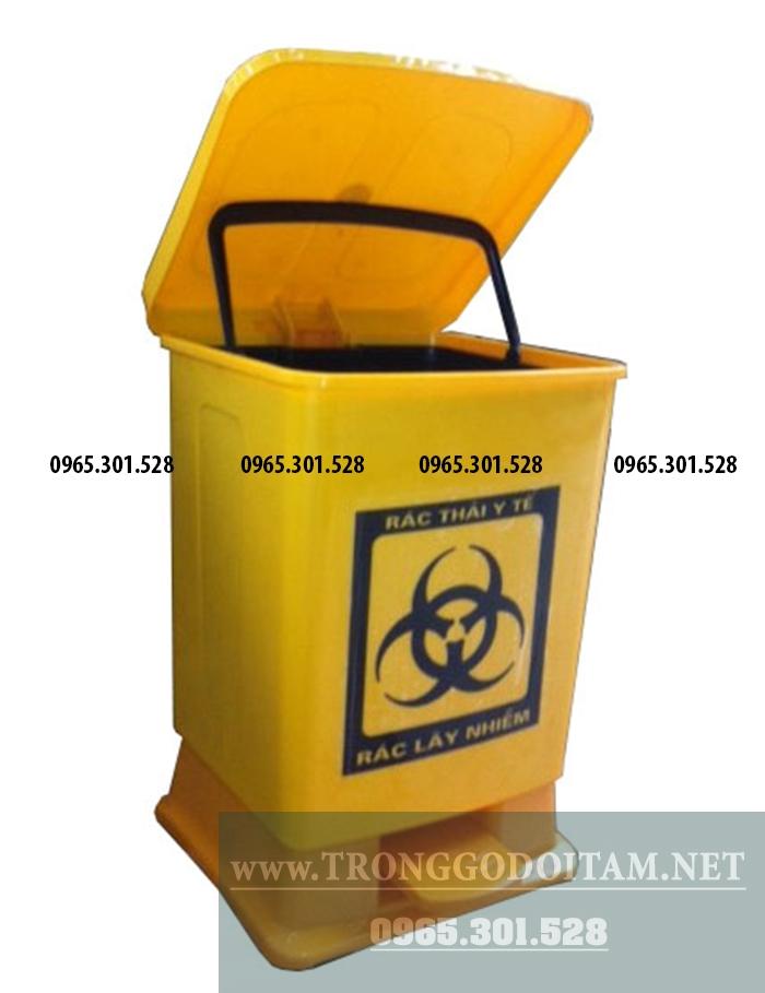 thùng đựng rác thải y tế