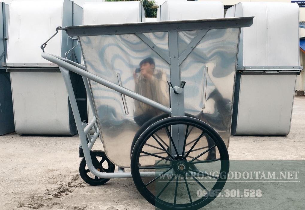 xe gom rác 500l inox