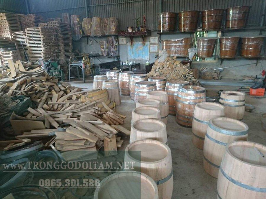 xường sản xuất thùng gỗ sồi ngâm rươu