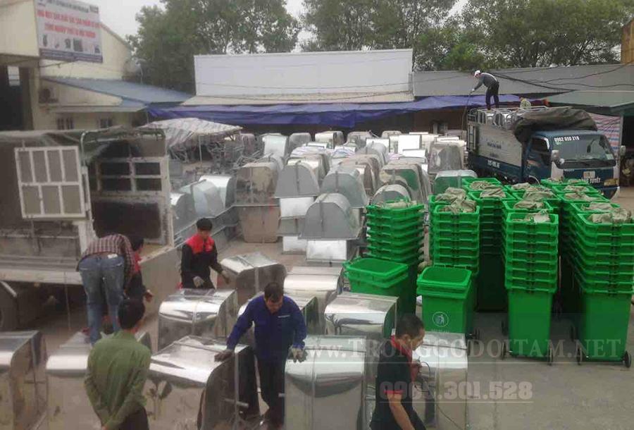 xưởng sản xuất xe gom rác mỗi năm xuất hàng ngàn chiếc